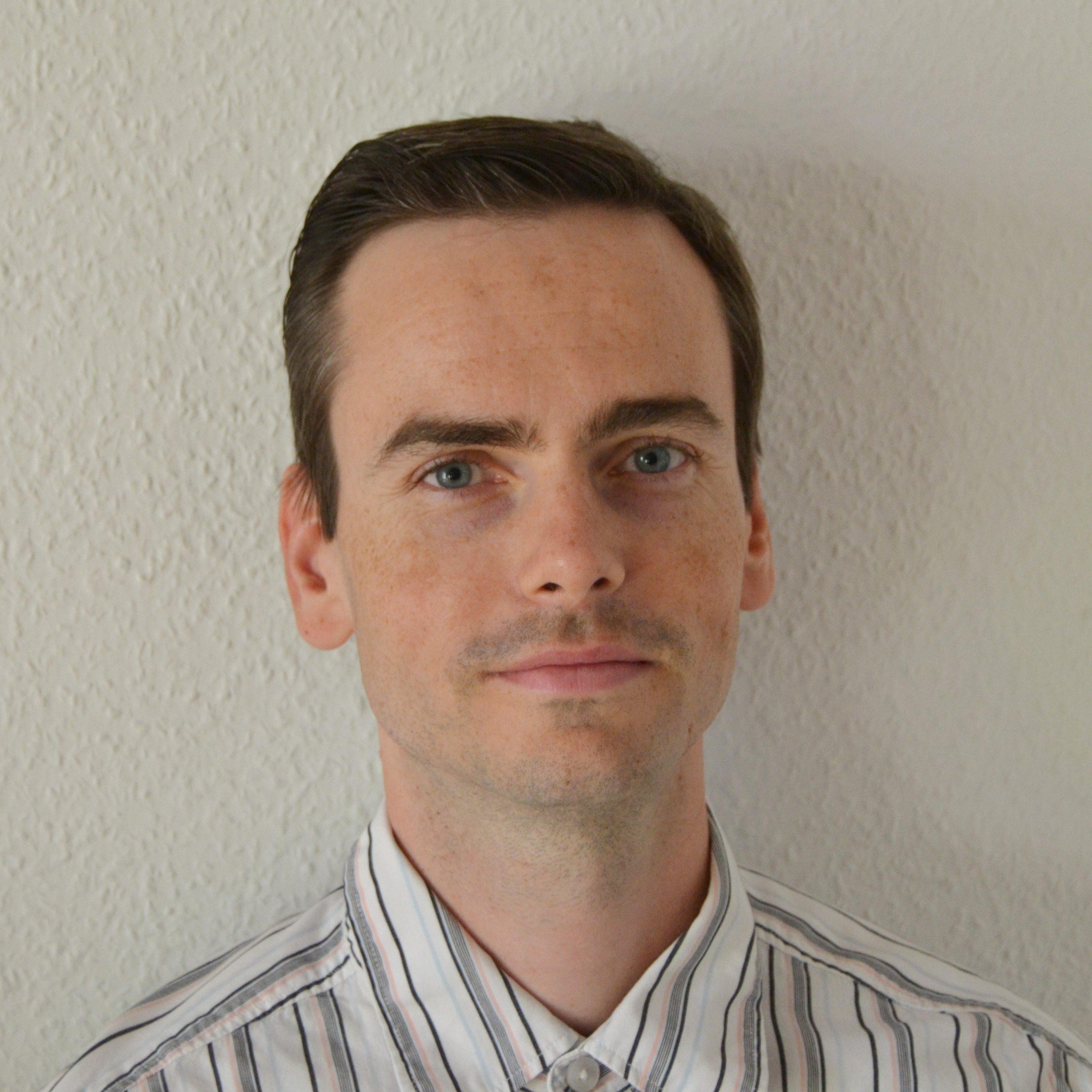 Portrait-Foto von Dipl.-Medieninf. Alexander Wülfing